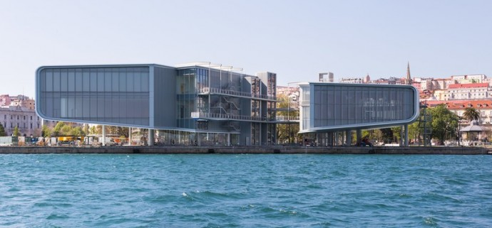 What Makes Renzo Piano's First Spanish Building So Different?